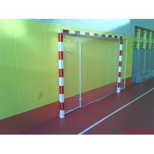 Rokometni gol za dvorane zložljiv na steno, Lesen